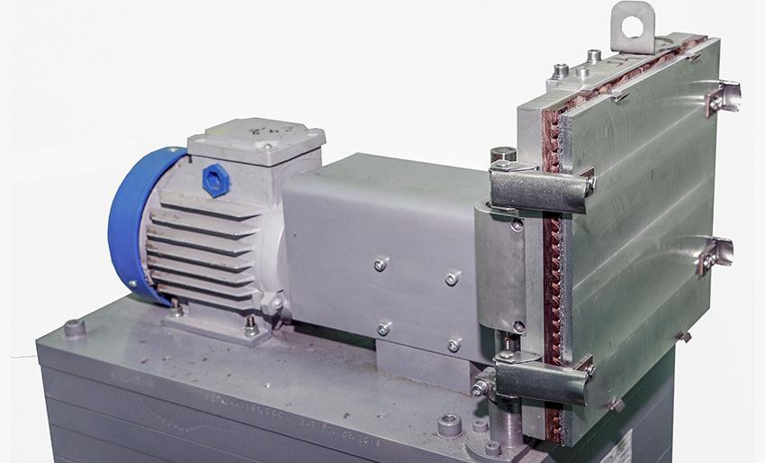 Вибростенд для испытаний радиоэлектронного оборудования