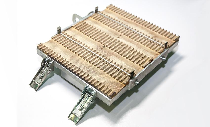 Плита для крепления изделий в вибростенде